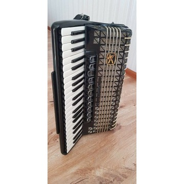 Akordeon Hohner Atlantic IV DE LUXE 120