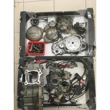 Honda CRF 250 cylinder tłok wał korbowy pompa wody