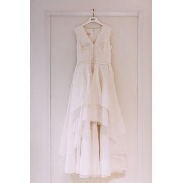 Bizuu suknia ślubna z odczepianym trenem
