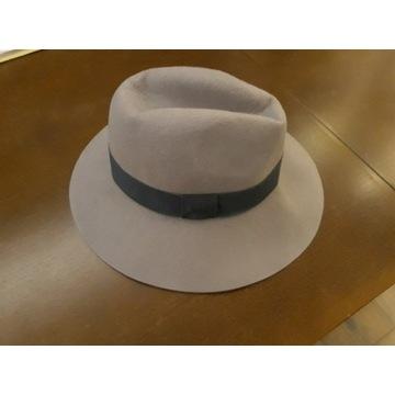 kapelusz nowy - beżowo - pudrowy róż