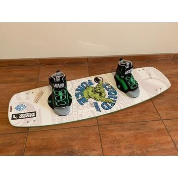 Deska wakeboard z wiązaniami Liquid Force Rant 125