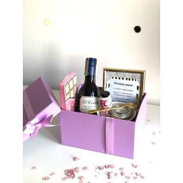 Box prezentowy dla niej kosz prezentowy dzień mamy