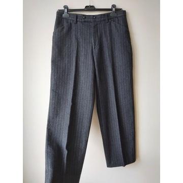 Wełniane piękne spodnie w prążki klasyczne XL