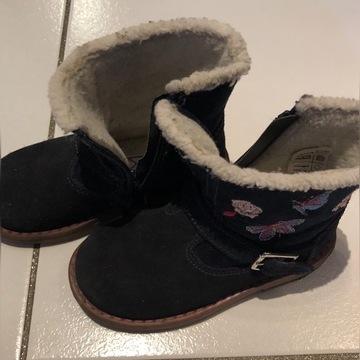Buty zimowe z futerkiem dla dziewczynki, rozm 24