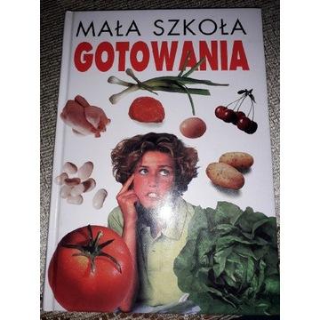 Książka kucharska mała szkoła gotowania