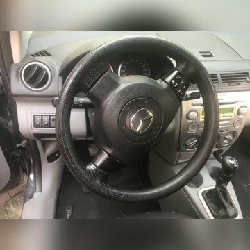 kierownica wielofunkcyjna mazda 2