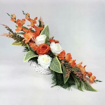 Stroik kompozycja kwiatowa grób cmentarz wiązanka