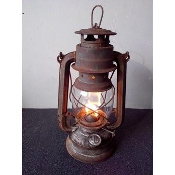 Lampa naftowa BAT 158