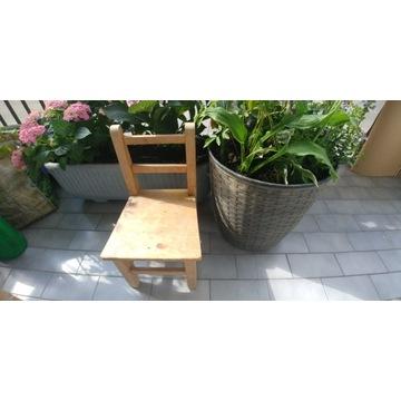 Krzesełko drewniane dla dziecka lub na kwiatek