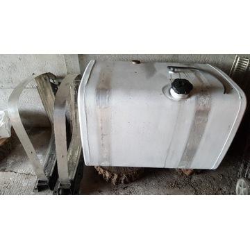 Zbiornik man 450 litrów tga tgx kpl. z łapami