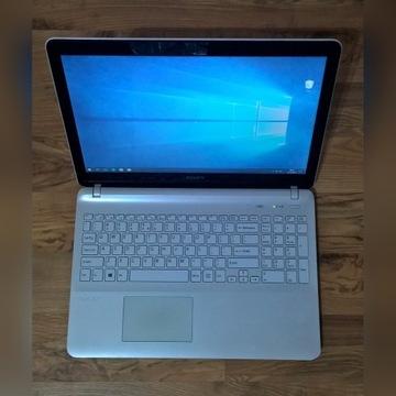 """Laptop Sony Vaio - 15,6"""", Intel i3, grafika Nvidia"""