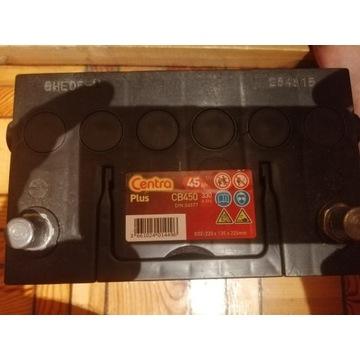 Akumulator Centra Plus 45Ah 330 A