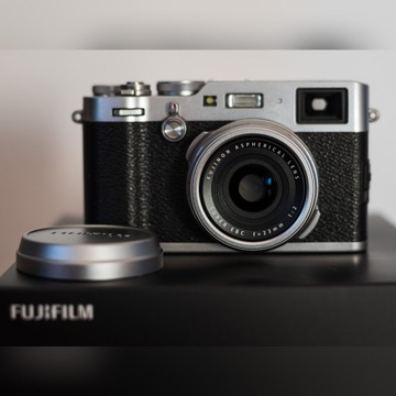 Aparat Fuji X100F 24 MP mały przebieg rękojmia