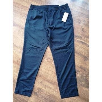 Spodnie Reserved rozmiar 34