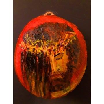 Jezus malowany na drewnie medalion