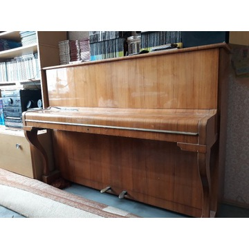 pianino marki Hoffberg