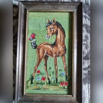 Obraz koń źrebak haft