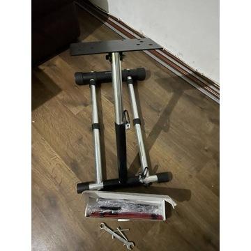 Wheel Stand Pro Deluxe Thrustmaster