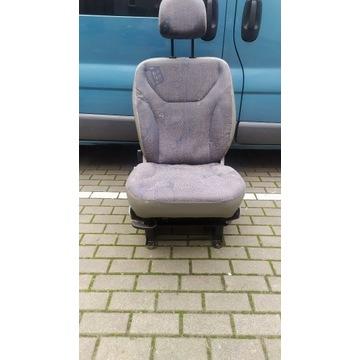 Fotel Siedzenie kierowcy Trafic Vivaro Primastar