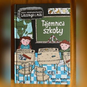Tajemnica szkoły - książka.