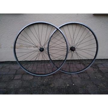 Koła rowerowe Specialized 28 cali schrader/presta
