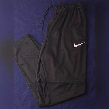 Męskie spodnie dresowe NIKE, rozmiar M