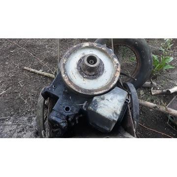 Traktor samoróbka - części- silnik diesel, skrzyni