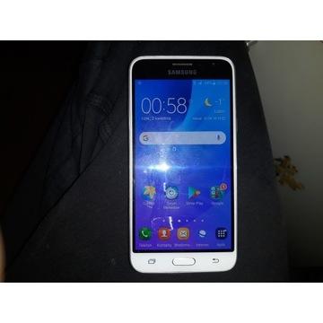 Samsung Galaxy J3 2016 stan 5+