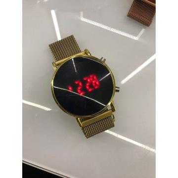 Zegarek LED -elektryczny