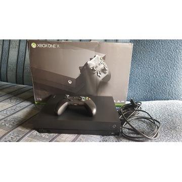Konsola Xbox One X 1TB + Pad