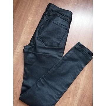 Czarne spodnie z ekoskóry rozmiar XS
