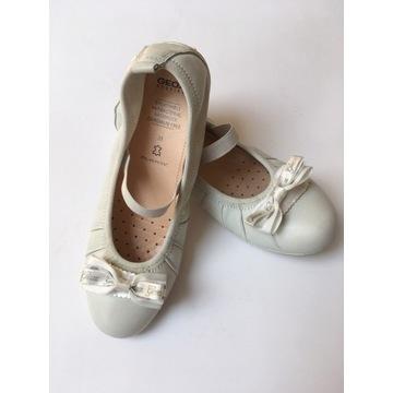 baleriny geox 35 białe z gumką, odpinana kokardka