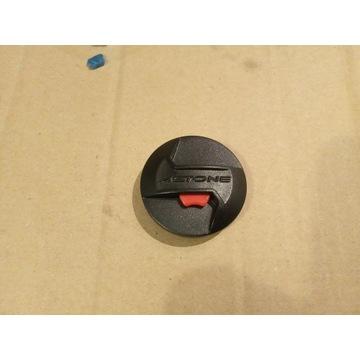 kask Astone GT800 mocowanie szyby