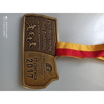 Medal półmaraton nocny Wrocław 2017
