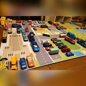 Mata do zabawy w samochodziki, auta, hot wheels A0
