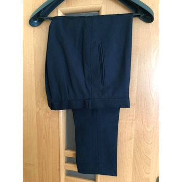 spodnie garniturowe ciemny granat