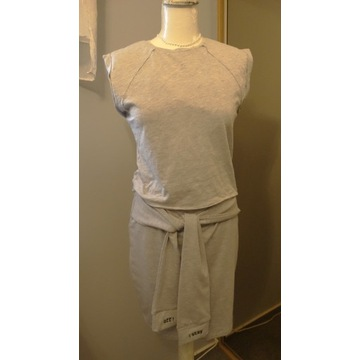 Komplet  sportowy bluzka i spódniczka L New Yorker