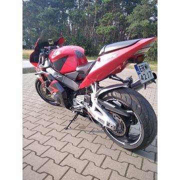 Honda CBR 954