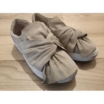 Buty szare skórze zamszowe typu slip-on Badura 36