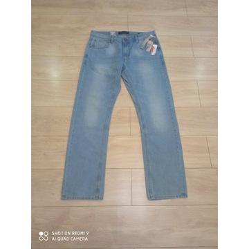 Spodnie  jeans straight leg regular fit W37, L34