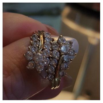Złoty pierścionek złoto 585