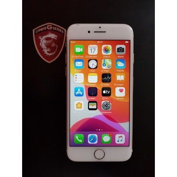 Zloty Apple iPhone 7 128 GB (GOLD)