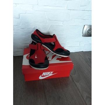 Sandały chłopięce Nike rozm. 33,5