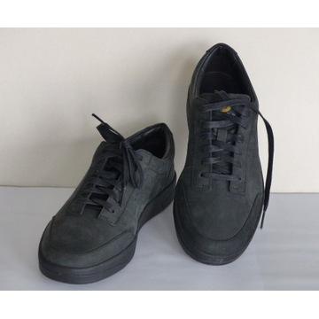 Oryginalne sneakersy CLARKS - roz. 38