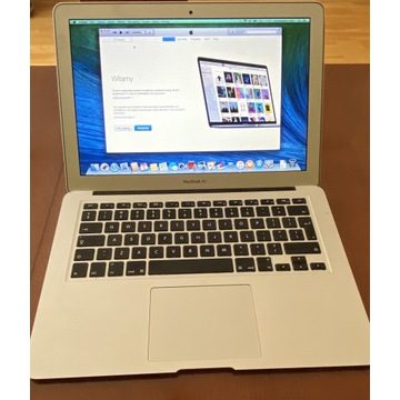 Mac Book Air 13 / 4GB / 256 GB