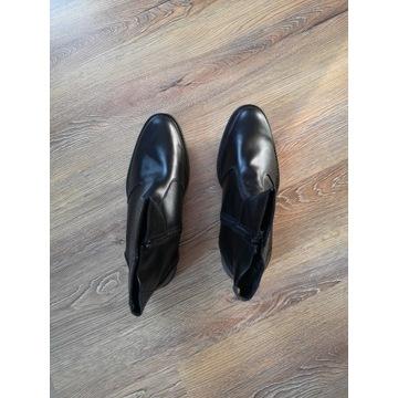 Czarne buty zimowe męskie