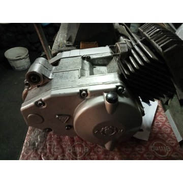 Silnik motorynka 023