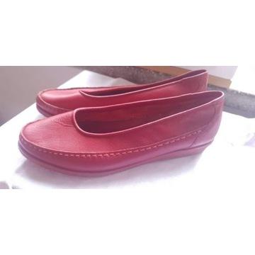 skórzane czerwone buty rozm. wew. 22, 5 cm
