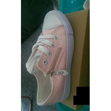 Buty dla dziewczynki różowe roz.30
