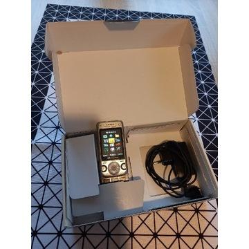 Sony Ericsson W760i Roky Silver
